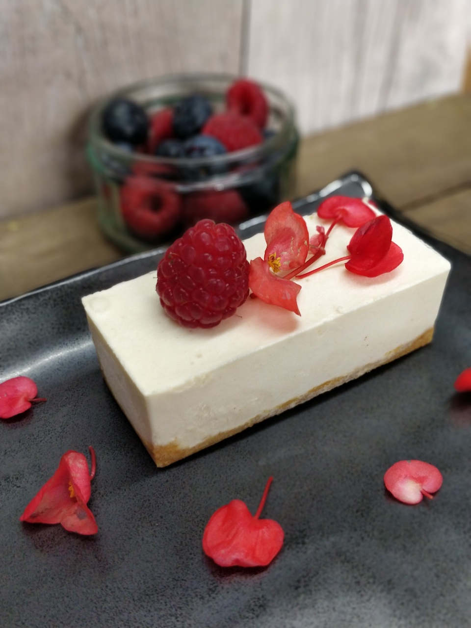 vanilla cheesecake rectangle